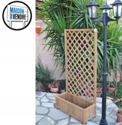 Treillage bois avec bac à planter