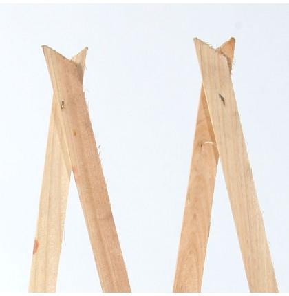 Treillage en bois naturel